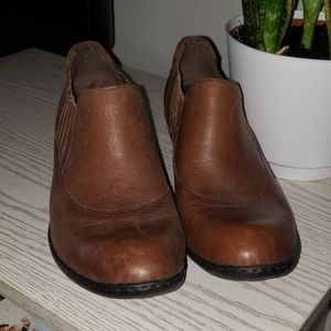 Born | Leather clogs size 9